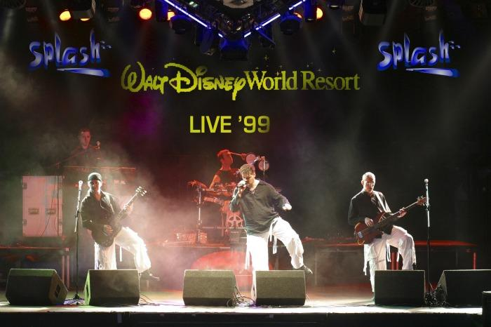 7. Splash Live In Walt Disney