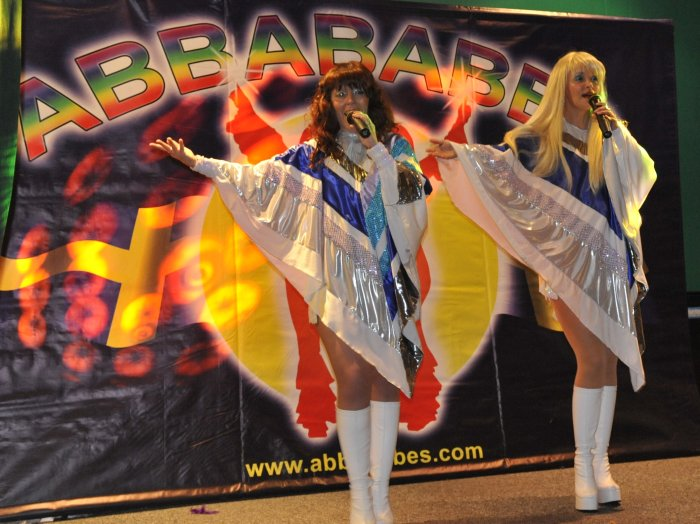 5. Abbababes Backdrop