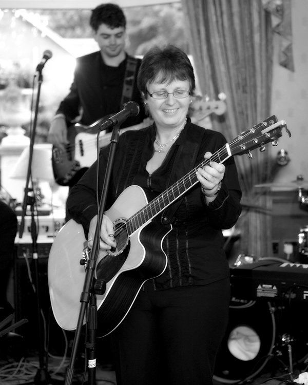 The Anne Dickson Band : photo : Anne and Doug