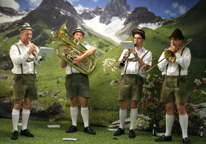 The Bavarian Strollers : photo : Bavarian Strollers 5