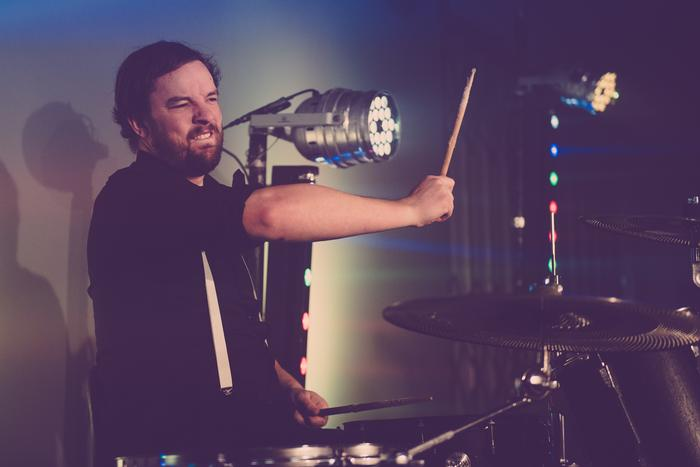 3. Sion - Drums