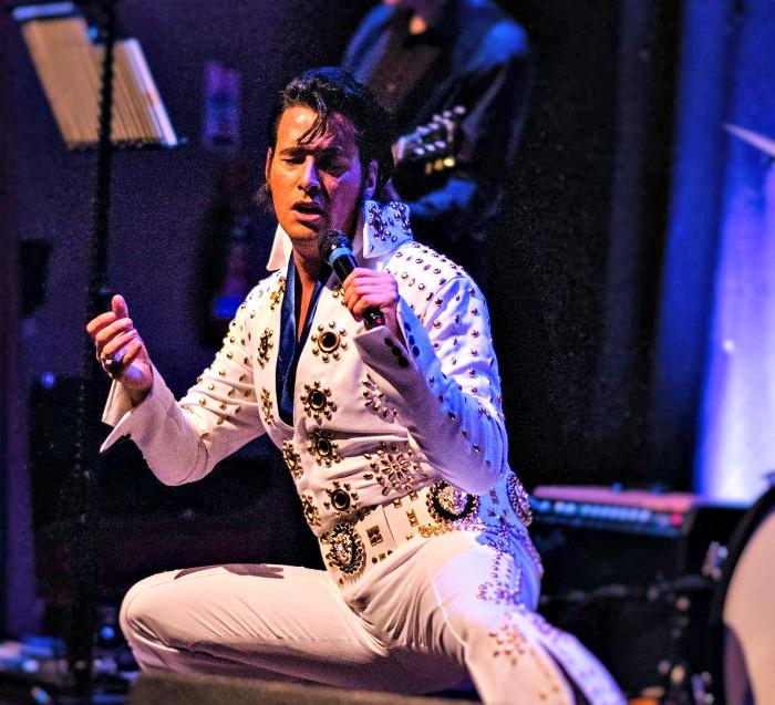 2. Elvis Tribute Act Live at Hanilton Town House