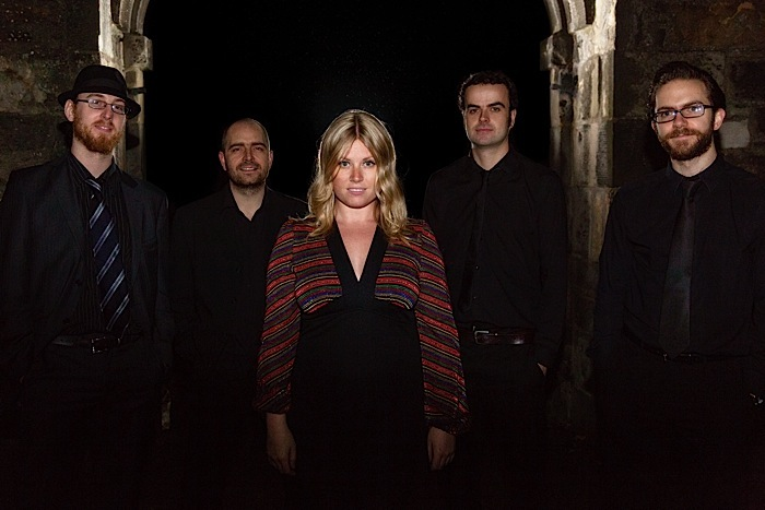 The Jenni Gibb Band : photo : None