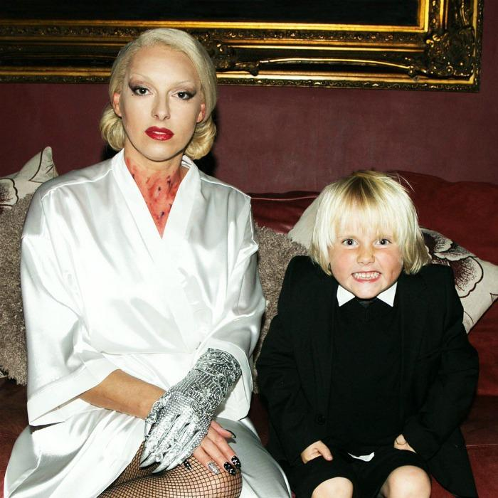 8. Gaga and Littler Archie