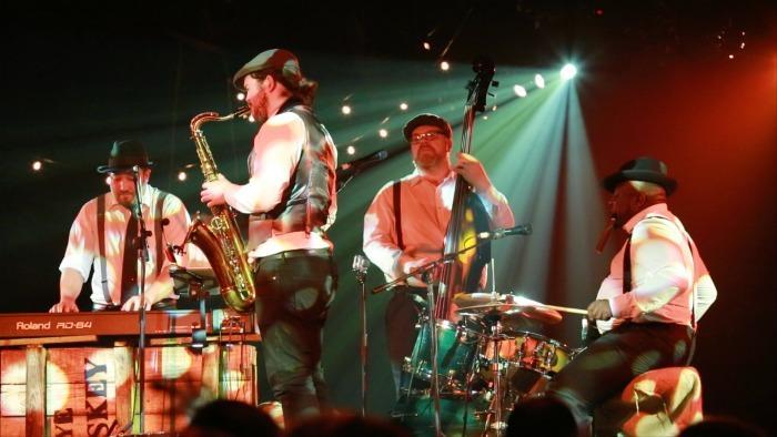 The Modern Vintage Swing Band : main Freak Music profile photo