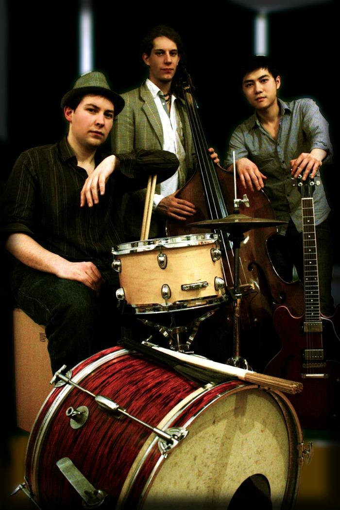 The Sterling Three Jazz Trio : photo : The Trio (Dark)