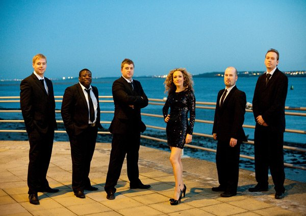 The Toni James Band : photo : The Toni James Band