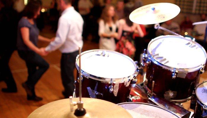 3. Drums!